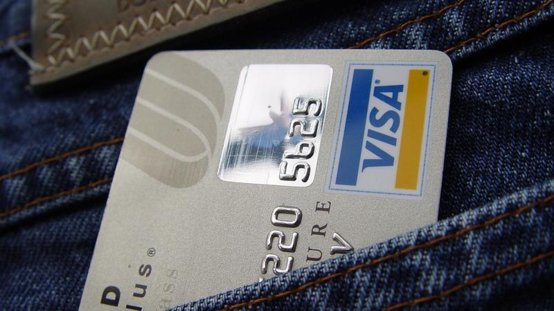 Sabe aquele código de 3 ou 4 números na parte de trás do cartão de crédito? A partir de janeiro de 2021 pode esquecê-lo