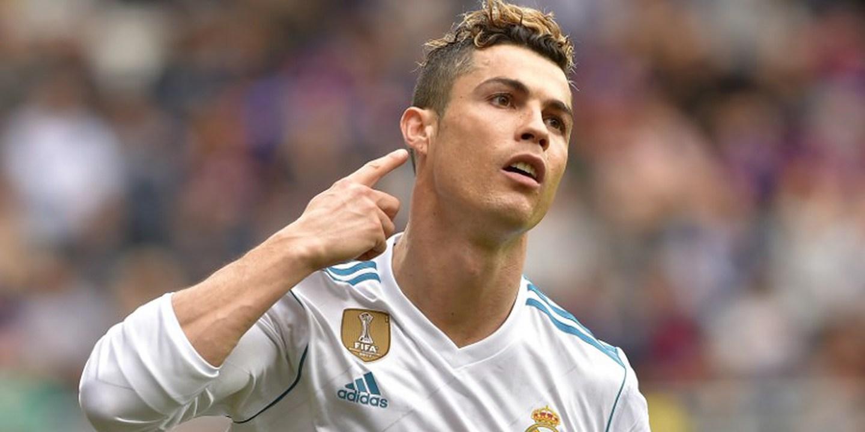 """Ronaldo eleito melhor Jogador do Ano: """"Não há melhor do que eu"""""""