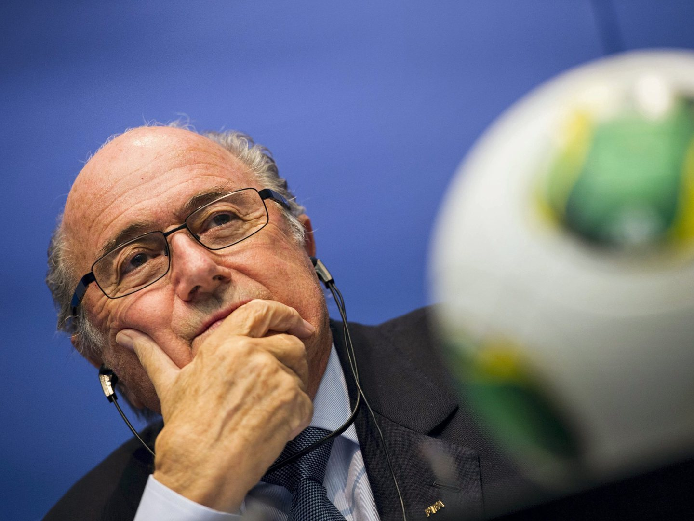 FIFA retira da sede placa com o nome de Blatter