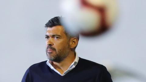 """Sérgio Conceição: """"Assisto ao vivo a mais jogos dos distritais do que da primeira divisão"""""""