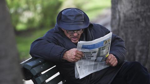 """Média portugueses fazem """"cobertura responsável"""" dos suicídios"""