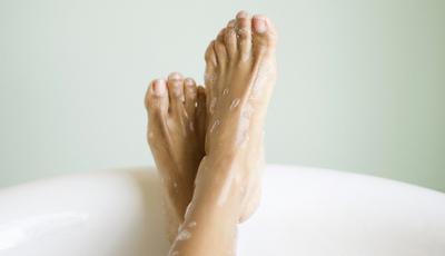 10 produtos que vão manter os seus pés hidratados este Inverno