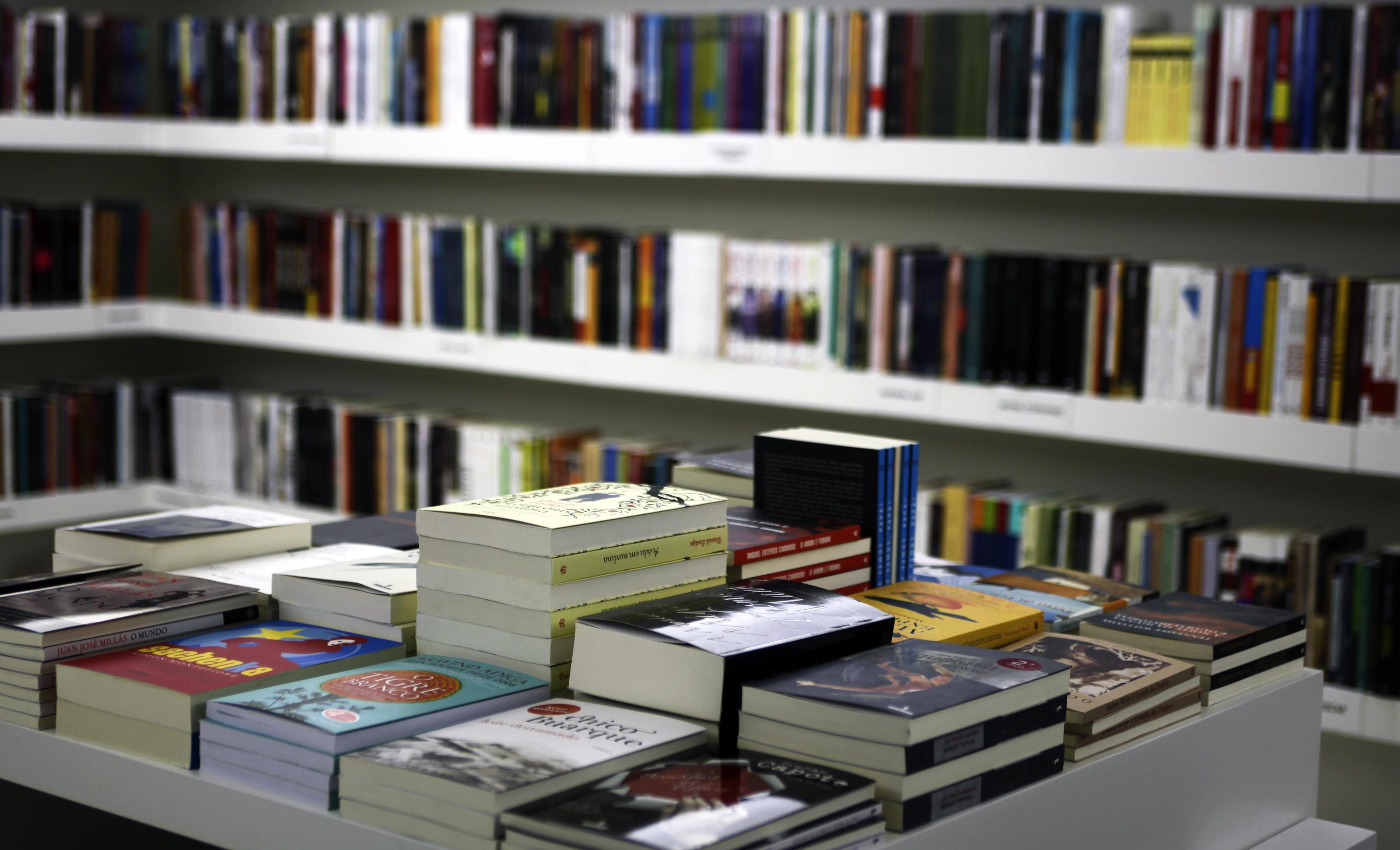 Flip termina com autores de Portugal e Angola entre os mais vendidos