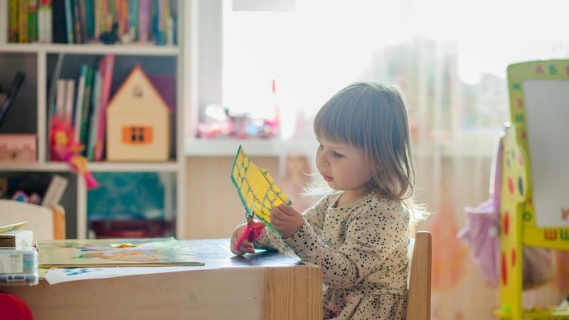 7 estratégias para ensinar os miúdos em casa, explicadas por professores