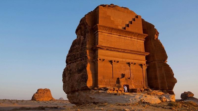 Poços na Arábia Saudita, verdadeiros monumentos à sobrevivência humana