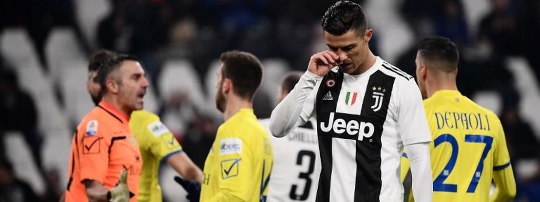 """Sorrentino: """"Combinei trocar de camisola com Ronaldo, mas depois defendi um penálti marcado por ele..."""""""
