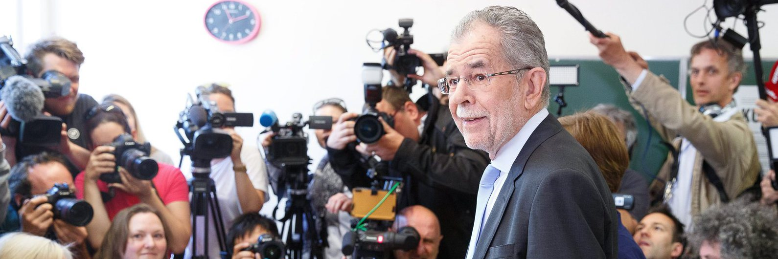 Presidenciais/Áustria: Ecologista Van der Bellen vence as eleições
